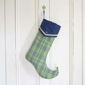 Christmas stocking Perceval in green and blue checked fabric, gold star.